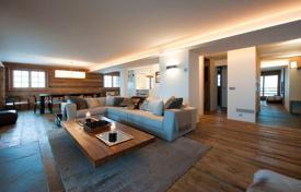 4 bedroom apartments to rent in Switzerland. Spacious apartment in chalet style, with a ski room, balconies, jacuzzi, parking and Crestron technology. Verbier, Switzerland