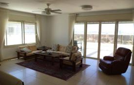 Penthouses for sale in Netanya. Comfortable penthouse with two terraces and furnished in Netanya, Israel