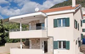 Coastal houses for sale in Herceg-Novi. Townhome – Kumbor, Herceg-Novi, Montenegro