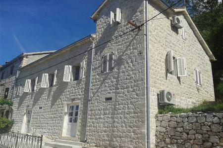 Houses for sale in Kotor. Villa – Dražin Vrt, Kotor, Montenegro