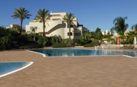 New homes for sale in Portugal. New Luxurious 2 Bedroom Apartment with Sea Views, close to Ferragudo and Carvoeiro