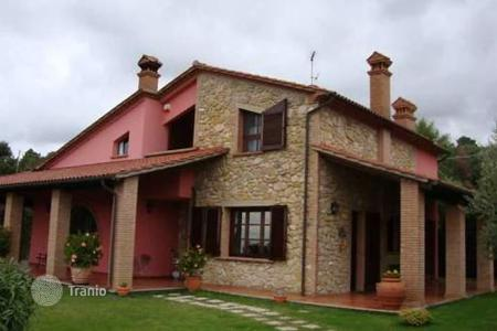 4 bedroom houses for sale in Riparbella. Villa – Riparbella, Tuscany, Italy
