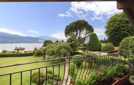 Luxury 5 bedroom houses for sale in Italy. Villa – Laveno-Mombello, Lombardy, Italy
