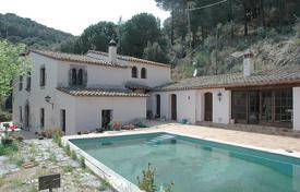 Property for sale in Sant Iscle de Vallalta. Villa – Sant Iscle de Vallalta, Catalonia, Spain