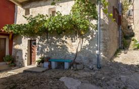 Property for sale in Motovun. House OLD STONE HOUSE IN MOTOVUN