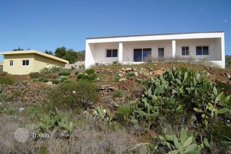 Residential for sale in Arona. Villa – Arona, Canary Islands, Spain