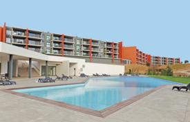 Apartments for sale in Faro. 1 bedroom Apartment in the Portimão Autodromo complex, Mexilhoeira Grande, West Algarve