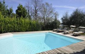 Villas and houses to rent in Tuscany. Villa Poggetto