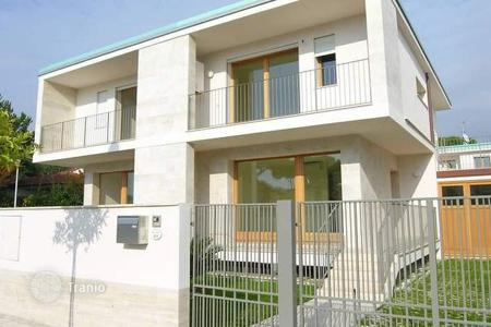 3 bedroom apartments for sale in Camaiore. Apartment - Camaiore, Tuscany, Italy