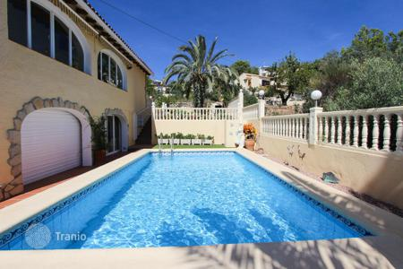 5 bedroom houses by the sea for sale in Spain. Villa - Benissa, Valencia, Spain