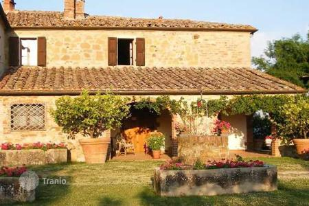 5 bedroom houses for sale in Trequanda. Villa – Trequanda, Tuscany, Italy