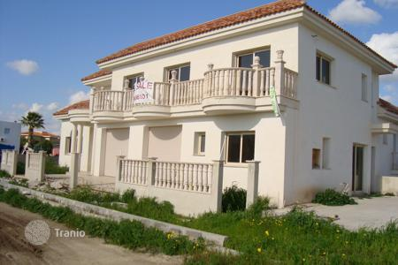 4 bedroom houses for sale in Ayia Marinouda. Four Bedroom Detached House