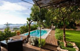 Luxury residential for sale in Beaulieu-sur-Mer. Apartment – Beaulieu-sur-Mer, Côte d'Azur (French Riviera), France