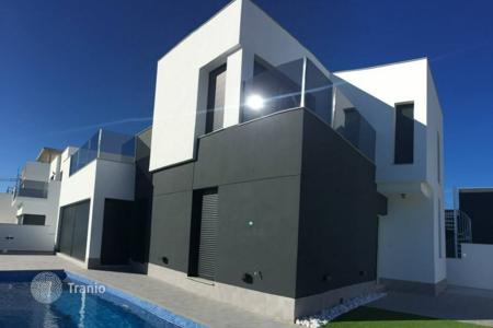 Residential for sale in Pilar de la Horadada. Terraced house - Pilar de la Horadada, Alicante, Valencia,  Spain