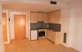 Cheap property for sale overseas. New one-bedroom apartment just 400 meters from the sea in the center of Lloret de Mar