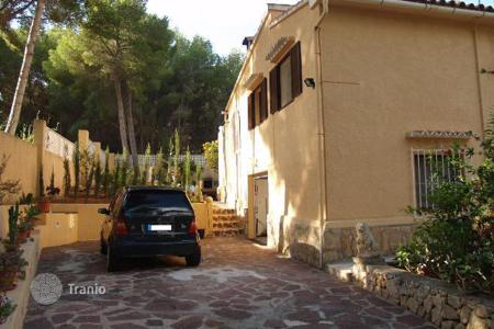 Houses with pools for sale in Moraira. Villa – Moraira, Valencia, Spain
