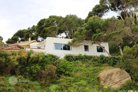 Luxury 6 bedroom houses for sale in Costa Brava. Villa – Pals, Catalonia, Spain