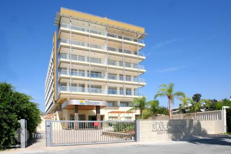 2 bedroom apartments by the sea for sale in Mouttagiaka. Apartment - Mouttagiaka, Limassol, Cyprus