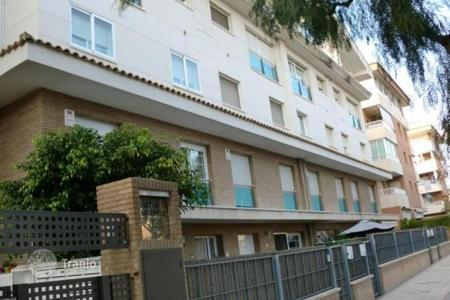 4 bedroom apartments by the sea for sale in Catalonia. Luxury duplex apartment in Cambrils