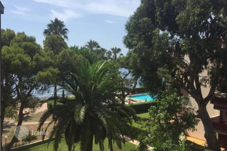 3 bedroom apartments by the sea for sale in Sanremo. Penthouse – Sanremo, Liguria, Italy