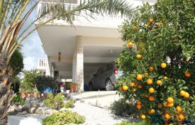 3 bedroom apartments by the sea for sale in Paphos. Detached 3 Bedroom Villa with Sea Views-Peyia