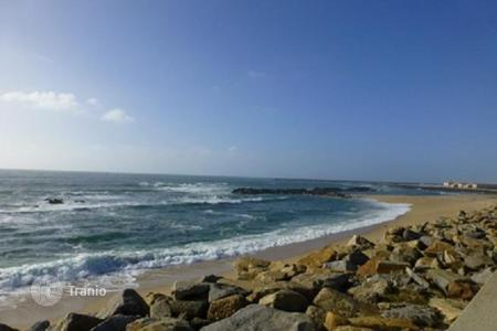 Foreclosed 3 bedroom apartments for sale overseas. Luxury apartments in Vila do Conde, Portugal