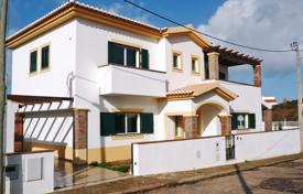 Houses for sale in Aljezur. A spacious and modern 3/4 bedroom Villa, Carrapateira, West Coast