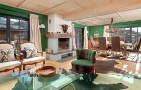 Property for sale in Tyrol. Charming chalet ina quiet distric in Kitzbuhel