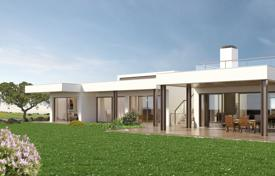 Contemporary 3 bedroom villa with pool, solar water and electricity, Vale de Lama, nr Lagos for 2,196,000 $