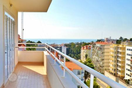 4 bedroom apartments for sale in Lisbon. New apartments with views of the sea and mountains in Cascais, Portugal