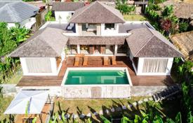 Property for sale in Bali. Modern furnished villa with a garden, a swimming pool, a terrace, a parking and panoramic views, Canggu, Bali