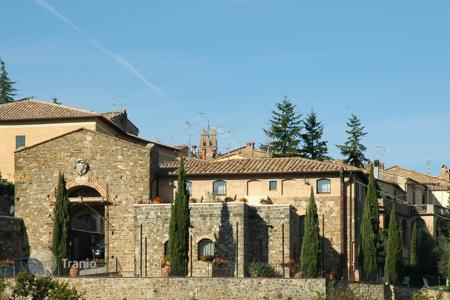 Property for sale in Montalcino. Historical palace in Montalcino