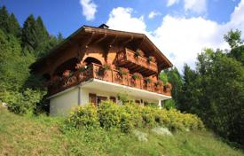 Cheap 5 bedroom houses for sale in Alps. Villa – Morzine, Auvergne-Rhône-Alpes, France
