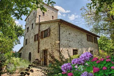 Houses for sale in Umbria. Villa - Umbria, Italy