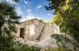 Property for sale in Lecce (city). Villa for sale in Apulia, in Surbo, 5 km from Lecce