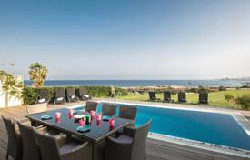Property to rent in Cyprus. The villa is ideally located in Protaras center, within only few minutes' walk from Protaras strip. It is a front line villa with