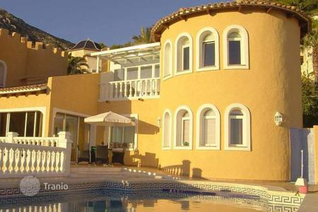 Houses for sale in Altea Hills. Charming villa of 4 bedrooms boasting sea views in Altea