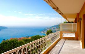 Residential for sale in Villefranche-sur-Mer. True haven of peace! Exceptional apartment with panoramic views of the bay of Villefranche and Cap Ferrat