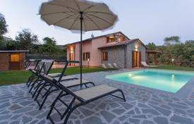 Residential for sale in Umbria. Prestigious villa for sale in Umbria