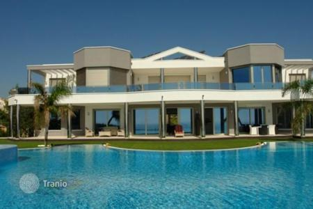 Luxury residential for sale in Moraira. Villa of 7 bedrooms in Moraira