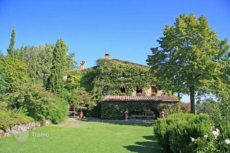 Luxury residential for sale in Sarteano. PRESTIGIOUS FARMHOUSE FOR SALE IN TUSCANY, SARTEANO