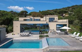 5 bedroom houses for sale in Ramatyuel. Modern villa with a pool, a terrace and sea views, L'Escalet, Ramatuelle, France