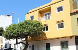 4 bedroom apartments for sale in Tenerife. Apartment – Tamaimo, Canary Islands, Spain