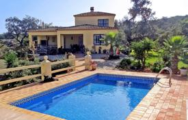 1 bedroom houses for sale in Faro. 3 Bedroom Country Retreat with Pool, Stables and Paddock near Santa Bárbara