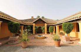 Luxury residential for sale in Andalusia. Stunning frontline golf villa in the most secure urbanisation!