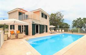 Property for sale in Split-Dalmatia County. Two comfortable villas with a private garden, a swimming pools and a parking, Brac, Croatia
