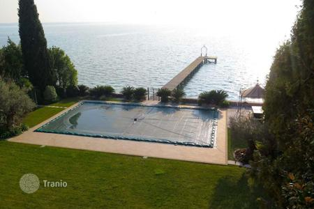 Luxury residential for sale in Sirmione. Villa – Sirmione, Lombardy, Italy