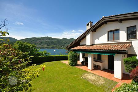 Luxury 4 bedroom houses for sale in Central Europe. Villa – Lugano, Ticino, Switzerland