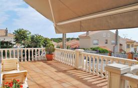 Condos for sale in Spain. Furnished condominium with terrace, Sitges, Spain
