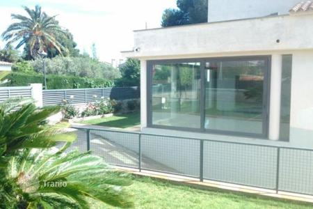 5 bedroom houses for sale in Cambrils. Villa - Cambrils, Catalonia, Spain